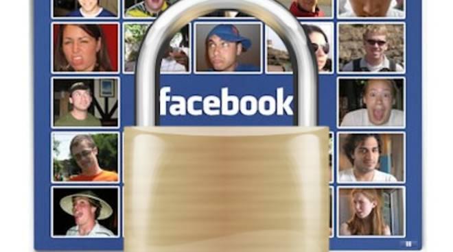 """Presto un """"lucchetto"""" per i contenuti Facebook più riservati"""
