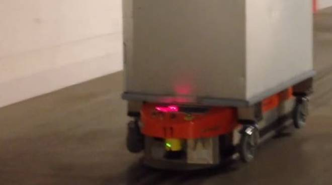 Uno dei trenta robot in ospedale a Bergamo