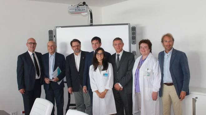 Al centro Monica Sonzogni, biologa che a Rotterdam cercherà una cura per la sindrome di Angelman