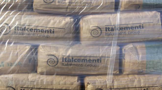 Sacchi di cemento