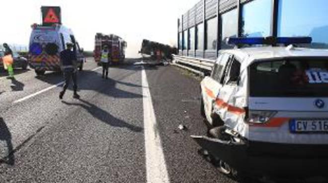 Tragico incidente sull'A4: due morti