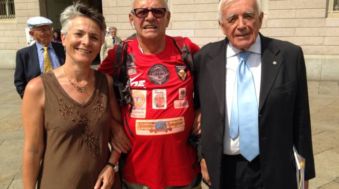 Arrivo a Bergamo accolto dall'assessore Loredana Poli e dal presidente nazionale degli azzurri d'Italia Gianfranco Baraldi