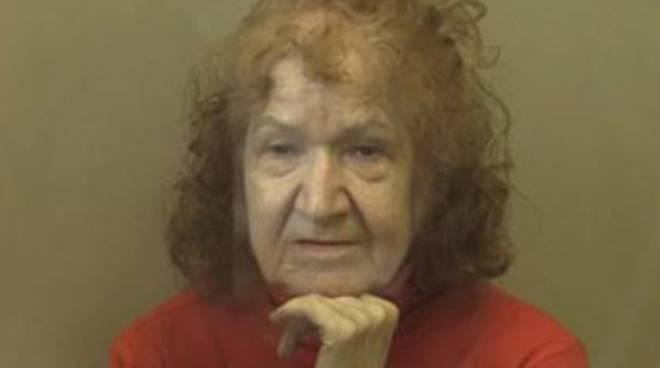 """""""Granny the Ripper"""" (la nonna squartatrice)"""