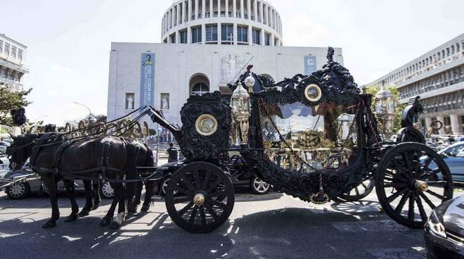 Il funerale di Vittorio Casamonica, esponente dell'omonimo clan della malavita romana