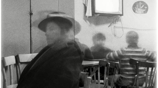"""""""Interno mosso"""" - Tricarico, 1967 - di Mario Cresci"""
