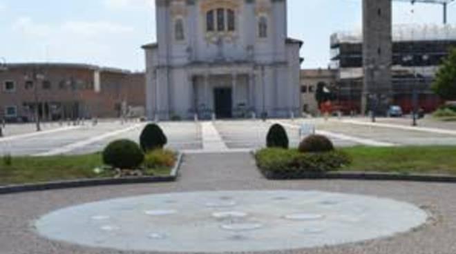 Raccolta firme a Pedrengo per ridare acqua alla fontana del centro