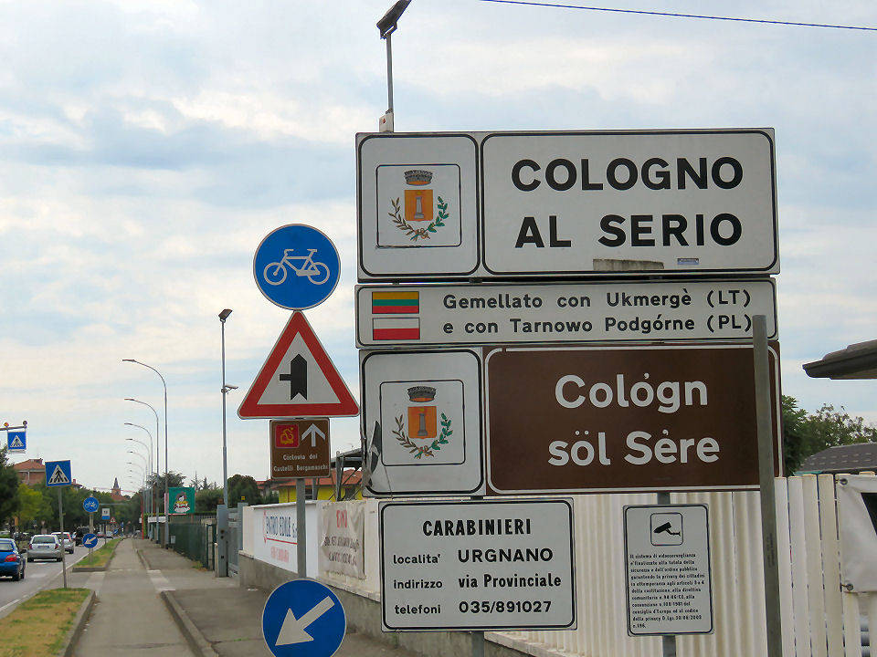 Raduno di auto tuning a Cologno