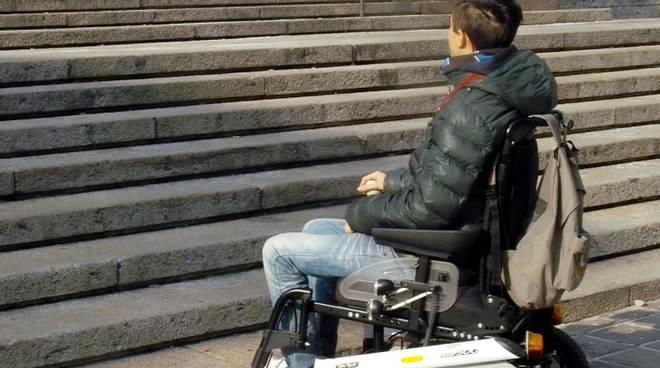 "I disabili a Bergamo: ""Mezzi pubblici, attraversamenti e città alta: troppe barriere"""