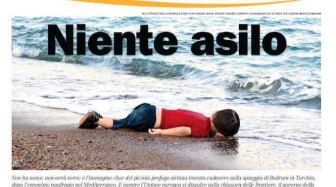 Risultati immagini per foto del bambino trovato morto sulla spiaggia