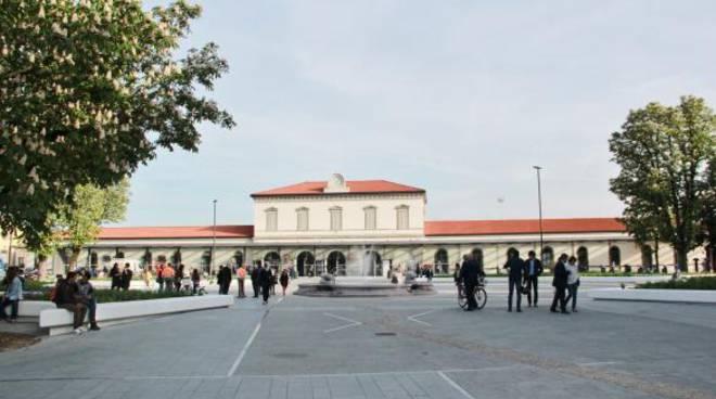 Il piazzale della stazione