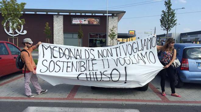 La protesta al McDonald's