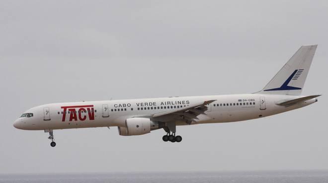Un B757 della Tacv Cabo Verde Airlines