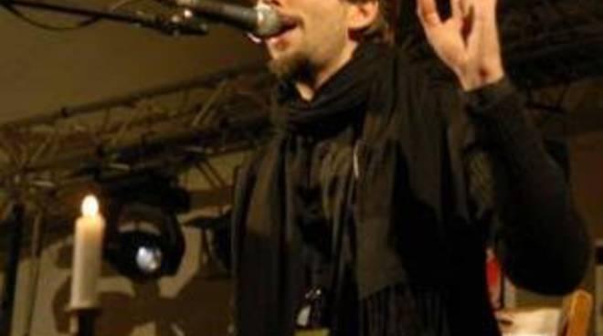 Il cantautore Paolo Cattaneo