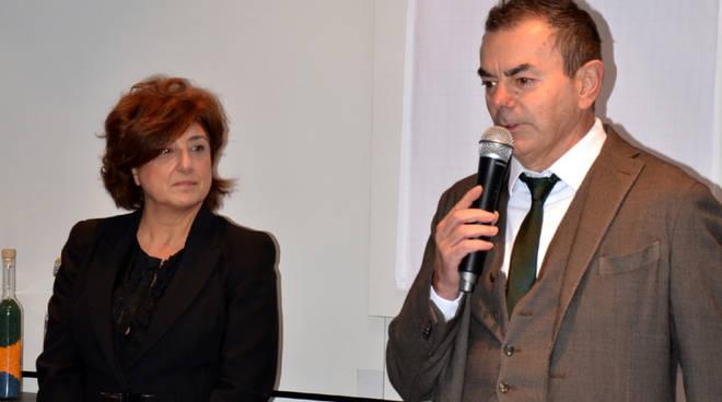Il presidente di RadiciGroup Angelo Radici con Maria Amodeo, dirigente scolastico del Natta
