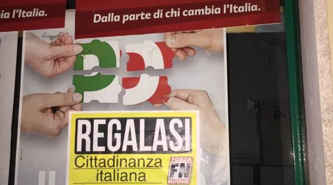 Uno dei cartelli affissi alle sedi Pd
