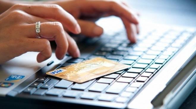 Acquisti online col bancomat. da gennaio si può