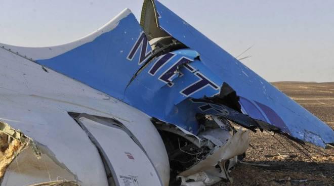 Il jet russo caduto al rientro da Sharm