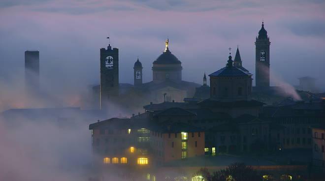 L'alba magica di Città Alta|Bergamo da cartolina