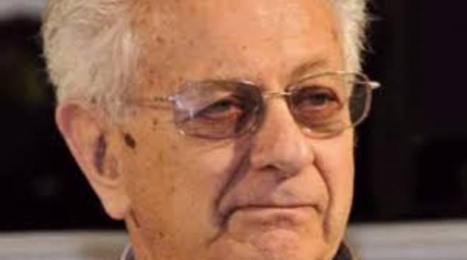 Luigi Berlinguer venerdì al centro congressi
