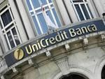 Riduzioni drastiche per Unicredit