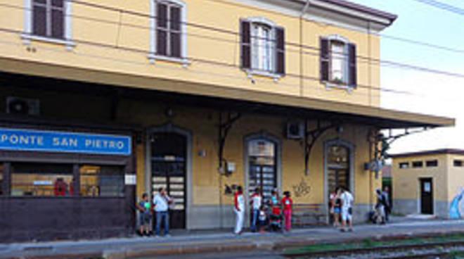 Stazione ferroviaria di Ponte San Pietro