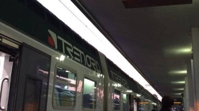Treni alla stazione di Bergamo