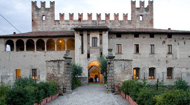 Pubblicazioni Matrimonio Romano Di Lombardia : Al castello di malpaga innovativa visita guidata con la