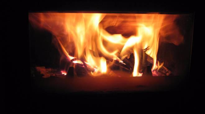fuoco a legna