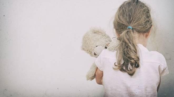maltrattamento di minori