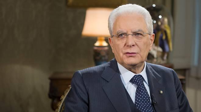 Il presidente mattarella premia la 57 fiera dei librai for Fiera di bergamo 2016