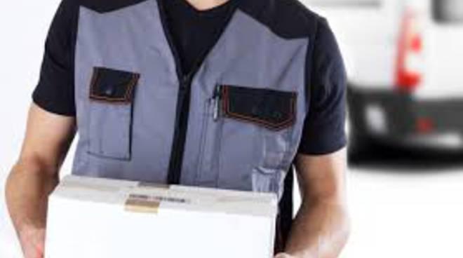 corriere consegna