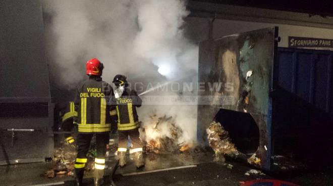 Incendio alla Lidl di Clusone