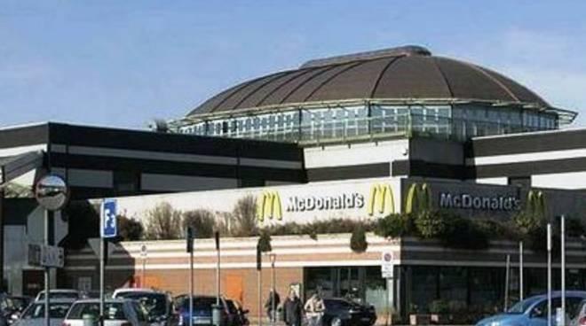centro commerciale curno