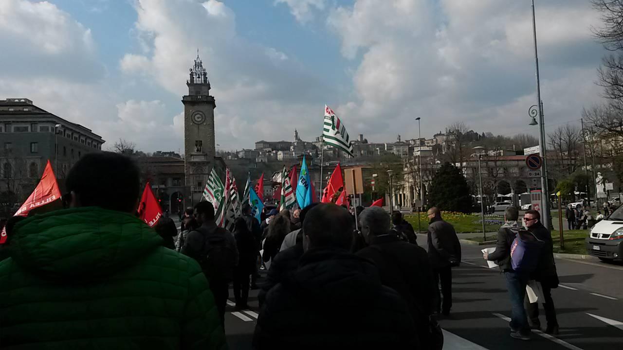 Protesta Italcementi