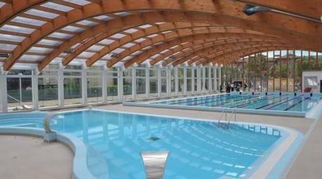 La piscina di treviglio diventa un modello a vercelli bergamo news - Piscina comunale treviglio ...