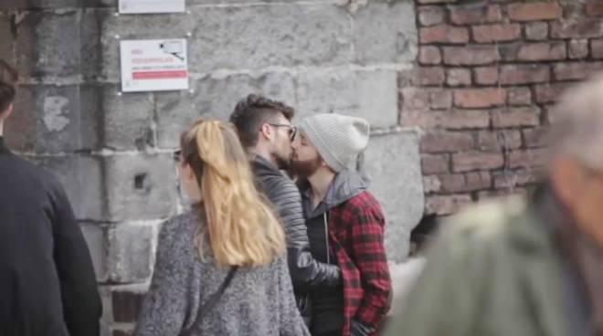ragazzi gay milano ballbusting milano
