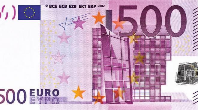 Addio alla banconota da 500 euro stop all 39 emissione dal for Ecksofa 500 euro