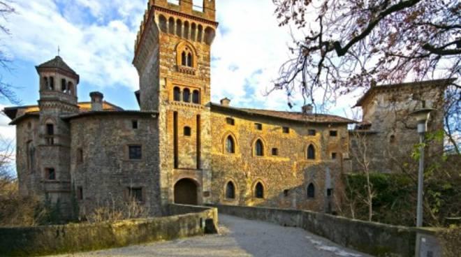 Visita guidata alla scoperta del castello di marne for Mercatini bergamo e provincia oggi