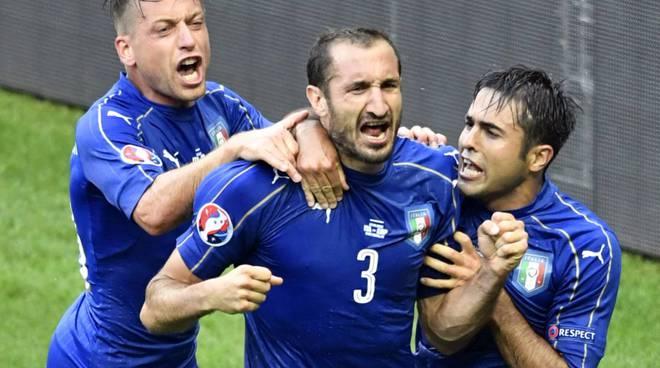 italia spagna 2-0 europei
