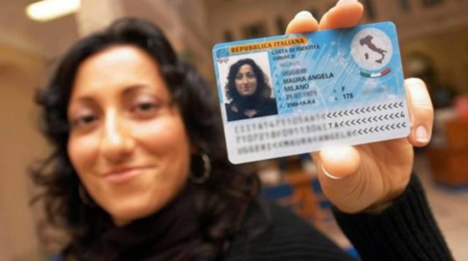 Da marzo carta d identit elettronica a bergamo lo stato for Carta soggiorno 2017