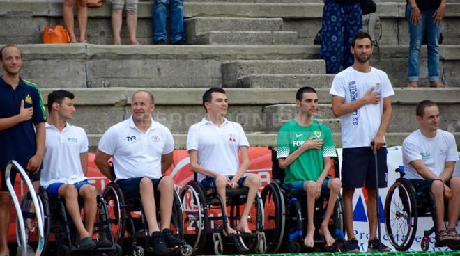 I campionati di nuoto paralimpico a Bergamo