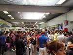 aereo caduto passeggeri in aeroporto