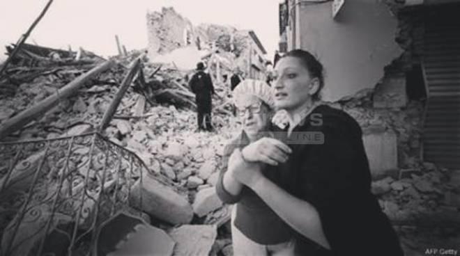Forte terremoto nel Centro Italia: Accumoli e Amatrice devastate, oltre 70 morti