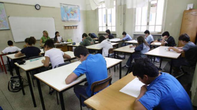 Seriate, lavori alla scuola media Aldo Moro e lezioni trasferite alla Cerioli