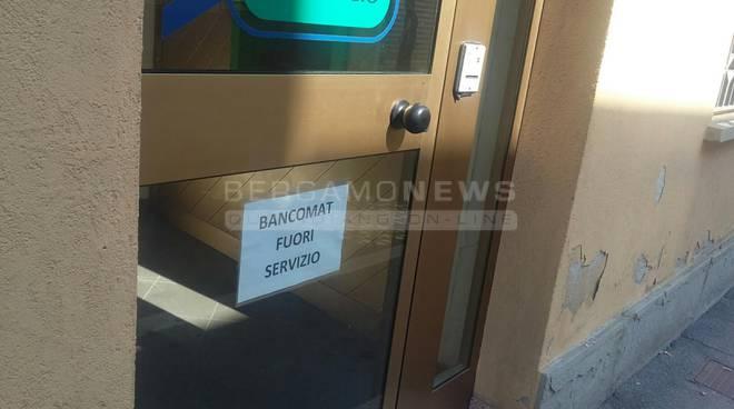 esplosione bancomat fornovo