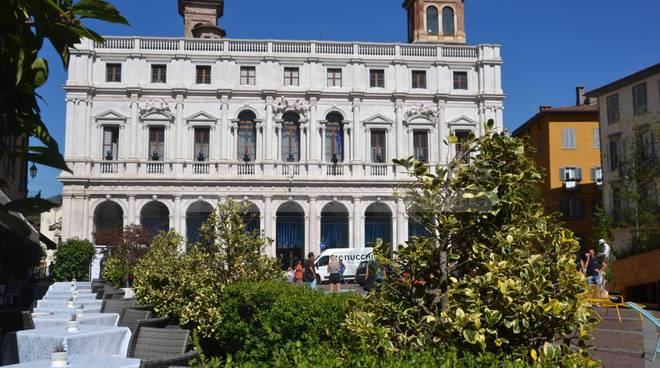 Piazza Vecchia verde, Contemporary locus, Borgo Santa Caterina, concerti e… il week-end in città