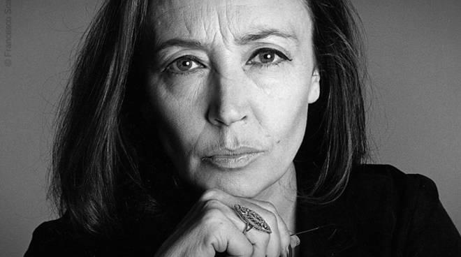 Schietta, libera e battagliera: Oriana Fallaci. E i suoi nemici, così politically correct