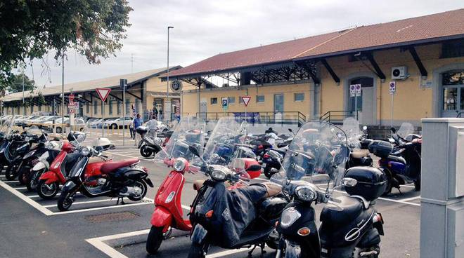 Nuova area di sosta della stazione di Bergamo: 50 nuovi posti moto e il trasferimento dell'area kiss&ride