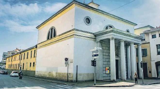 Crisi di vocazioni religiose, dopo 142 anni i Gesuiti lasciano Bergamo