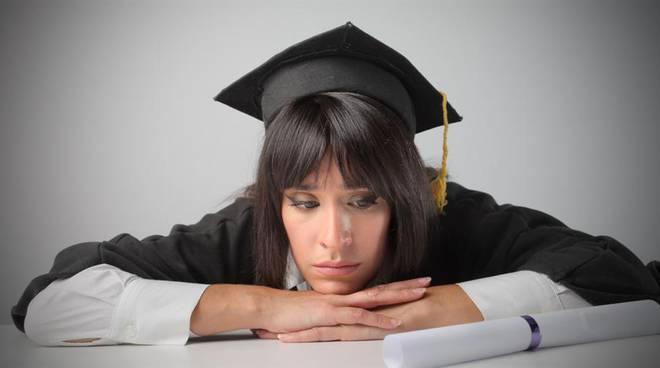 """""""La mia odissea di trentenne laureata in cerca di lavoro: non è una tragedia, ma voi media raccontateci"""""""